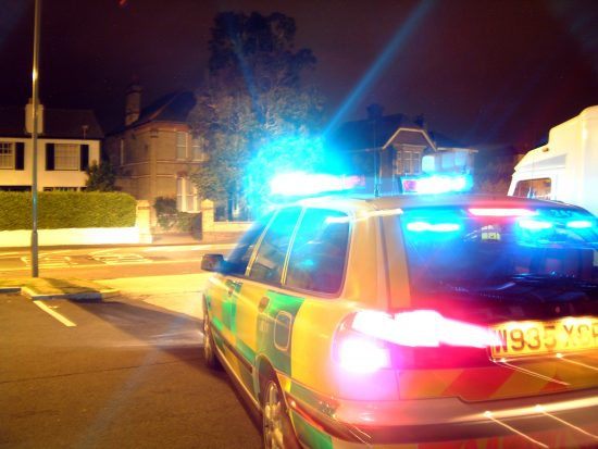 How to Respond to Emergency Vehicles When Driving